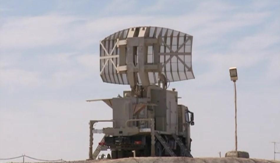 أول صدقى صبحى يشهد أحد الأنشطة التدريبية لقوات الدفاع الجوى[(000657)2020-03-01-16-41-07]00jj...jpg