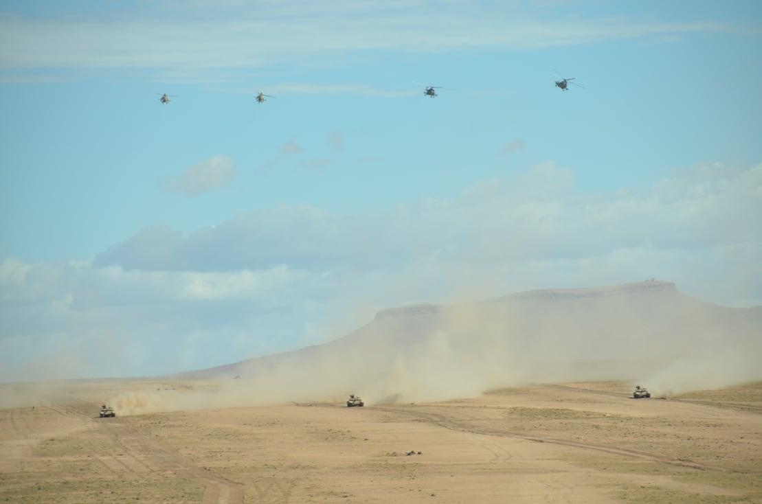 الجيش الجزائري : تمرين الدرع 2020 الفرقة 8 مدرع تحت اشراف اللواء سعيد شنقريحة رئيس اركان الجيش الوطني الشعبي  1592492919145-png