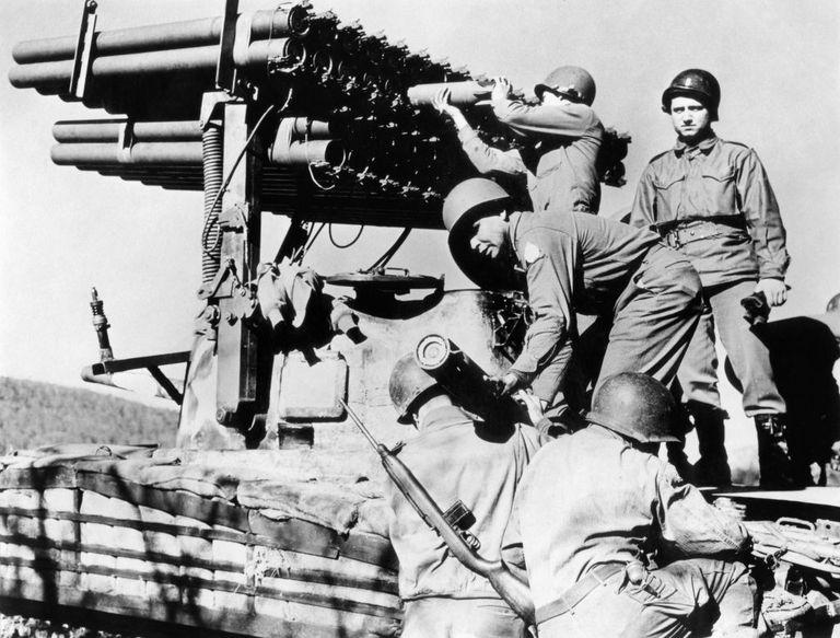 1940s-men-soldiers-loading-t-34-rocket-launcher-mounted-on-news-photo-1605728756_.jpg