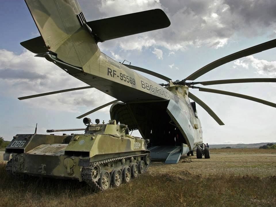 3Russia-to-deliver-14-heavy-haul-helicopters-Mil-Mi-26T2-to-Algeria.jpg