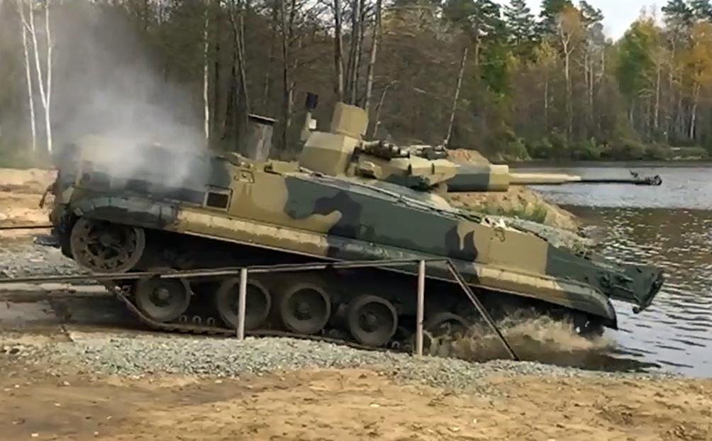 BMP-3_DEREVACIA_150923_01.jpg