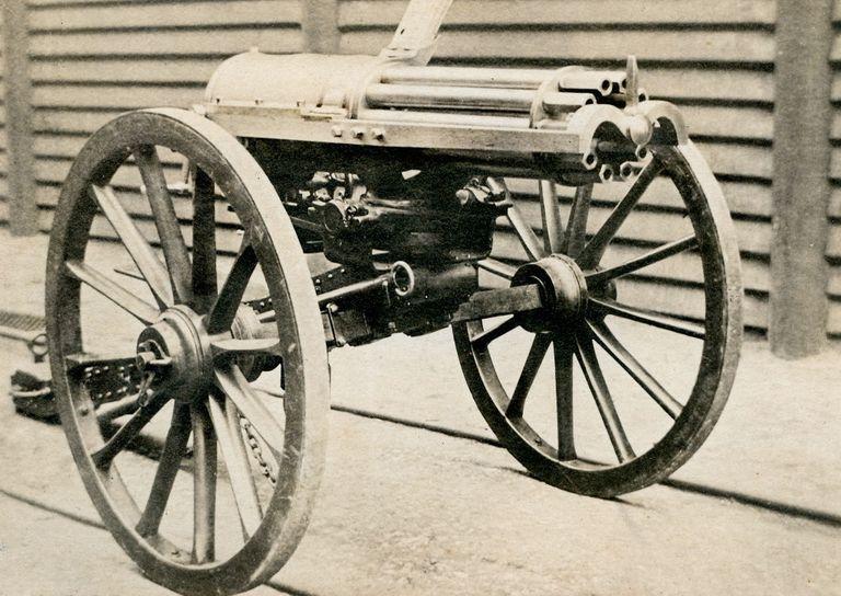 gatling-gun-1865-news-photo-1598889219.jpg