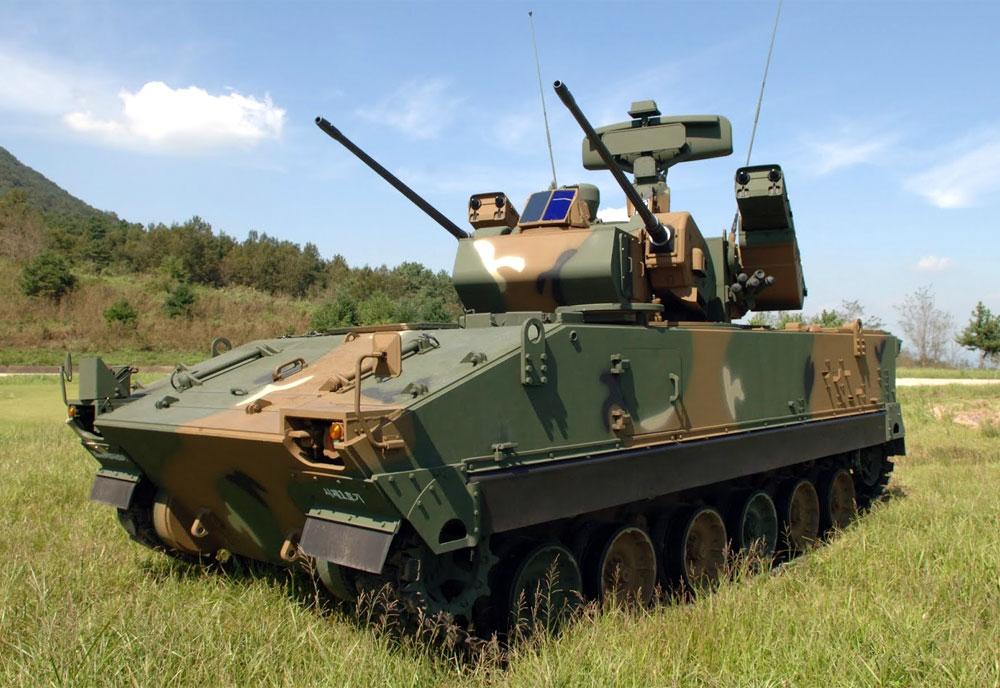 hanwha-defense-systems-k30-biho-air-defense-vehicle-south-korea.jpg