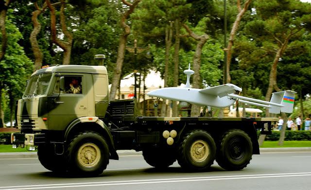 Military_parade_in_Baku_2013_37.jpg
