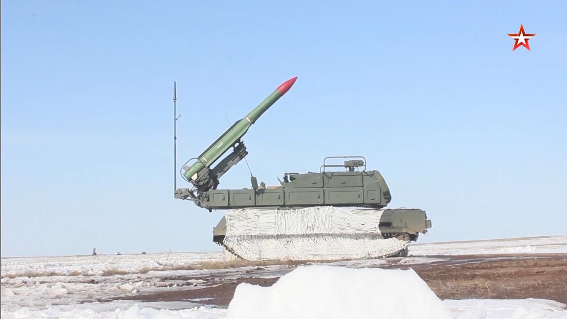 Screenshot_2021-04-10 Удар «Иглой» зенитчики ЦВО на учении в Оренбуржье отразили более 80 атак...png