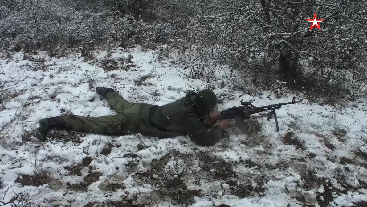 Screenshot_2021-04-12 Мотострелки ЧФ провели учение на горном полигоне в Крыму(12).png