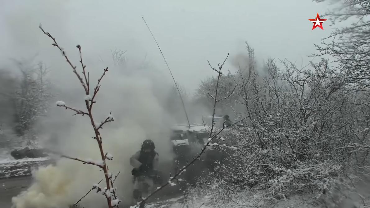 Screenshot_2021-04-12 Мотострелки ЧФ провели учение на горном полигоне в Крыму(8).png