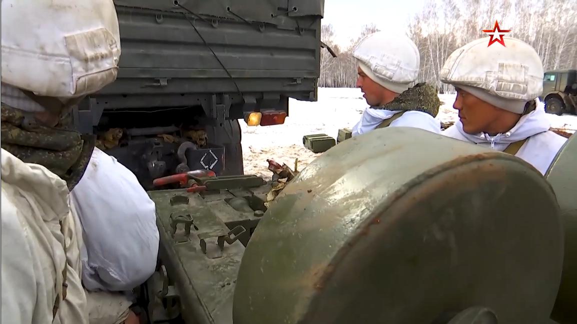 Screenshot_2021-04-13 Артиллеристы ЦВО обрушили на «противника» град огневых ударов под Челяби...png