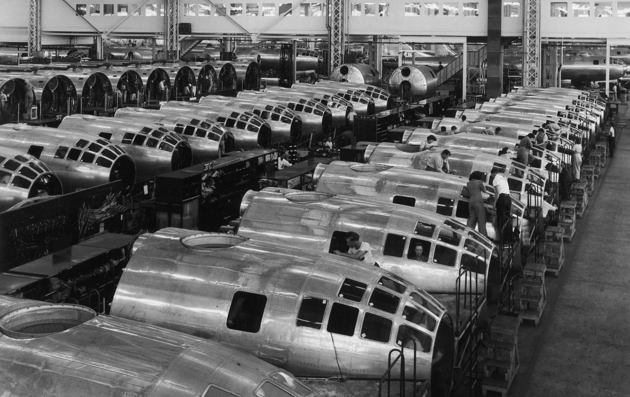 the-nose-sections-of-american-b-29-superfortress-bombers-news-photo-1591655851.jpg